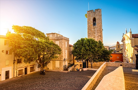 antibes walking tour